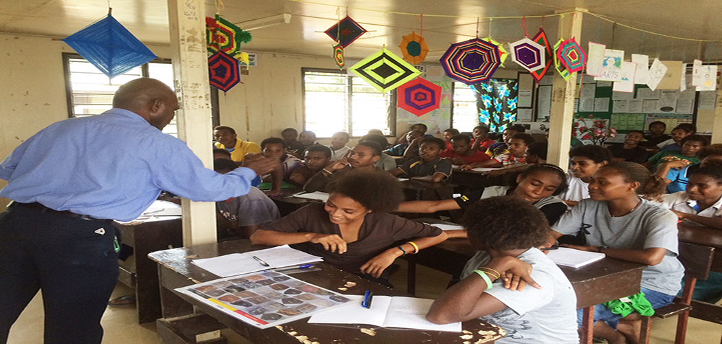 ExxonMobil PNG takes Science Ambassador Program to Western Province